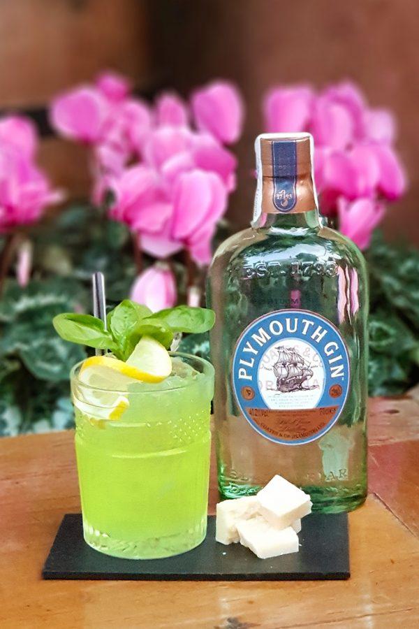 Cóctel Gin pesto en Torre Rosa